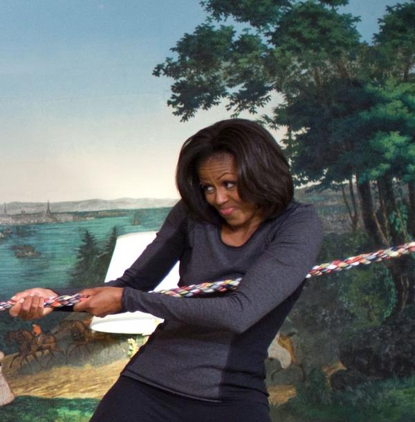 Michelle Obama beim Tauziehen, dts Nachrichtenagentur
