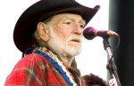 Willie Nelson Performs in Chicago
