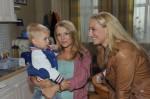 Lilly (Iris Mareike Steen, Mi.) und Maren (Eva Mona Rodekirchen)