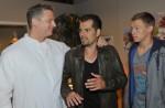 Vince (Vincent Krüger, re.) und Leon (Daniel Fehlow, Mi.) bei GZSZ