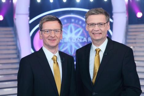 Moderator Günther Jauch (re.) und Michael Kessler als Günther Jauch