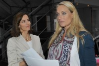 Maren (Eva Mona Rodekirchen, re.) und Katrin (Ulrike Frank) bei GZSZ