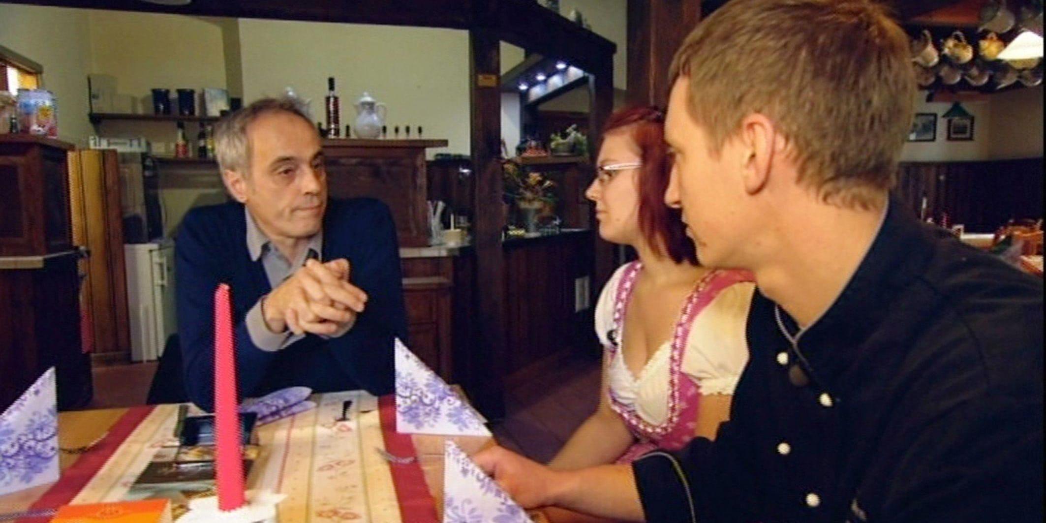 """Rach, der Restauranttester: Die """"Heimatstuben Schellerhau"""" im Erzgebirge - TV News"""