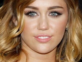 "Miley Cyrus - ""The Hunger Games"" Los Angeles Premiere"