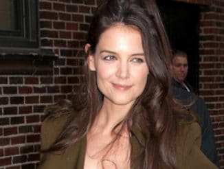 "Katie Holmes - ""Late Show with David Letterman"" - December 20, 2012"