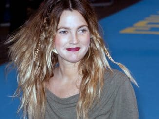 """Drew Barrymore - """"Going the Distance"""" World Premiere"""