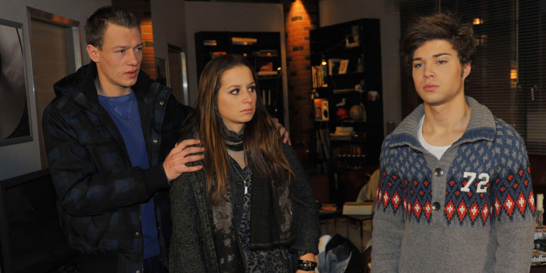 Zac (Jascha Rust, re.), Vince (Vincent Krüger) und Tanja (Senta-Sofia Delliponti)