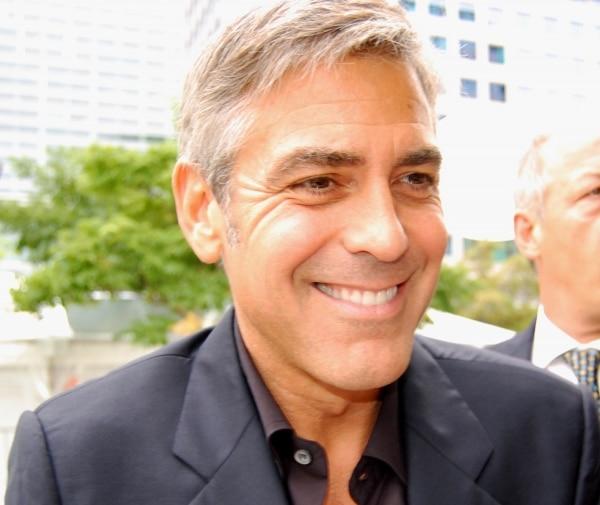 George Clooney berät seine Freundin in Sachen Mode - Promi Klatsch und Tratsch