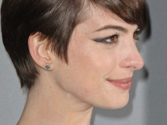 Anne Hathaway - 15th Annual Costume Designers Guild Awards