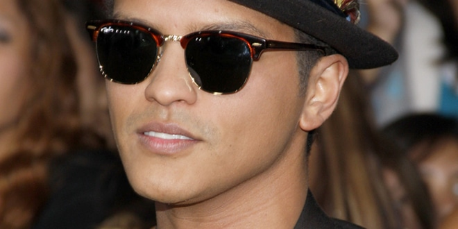 "Bruno Mars - ""The Twilight Saga: Breaking Dawn Part 1"" Los Angeles Premiere"