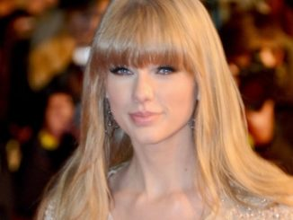 Taylor Swift - NRJ Music Awards 2013