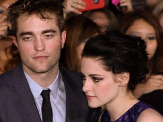 "Robert Pattinson and Kristen Stewart - ""The Twilight Saga: Breaking Dawn Part 1"" Los Angeles Premiere"