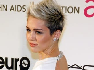 Miley Cyrus - 21st Annual Elton John AIDS Foundation Academy Awards Viewing Party