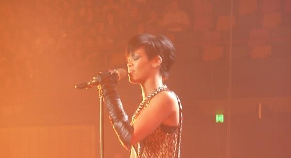 Rihanna will von Katy Perry den Hintern versohlt bekommen - Promi Klatsch und Tratsch