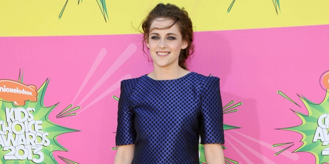Kristen Stewart - Nickelodeon's 26th Annual Kids' Choice Awards thumb