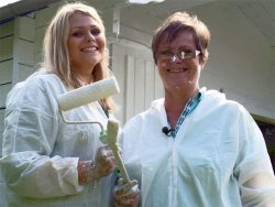 Antje (l.) & Doris / Gartenhaus
