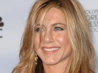 Jennifer Aniston - 67th Annual Golden Globe Awards