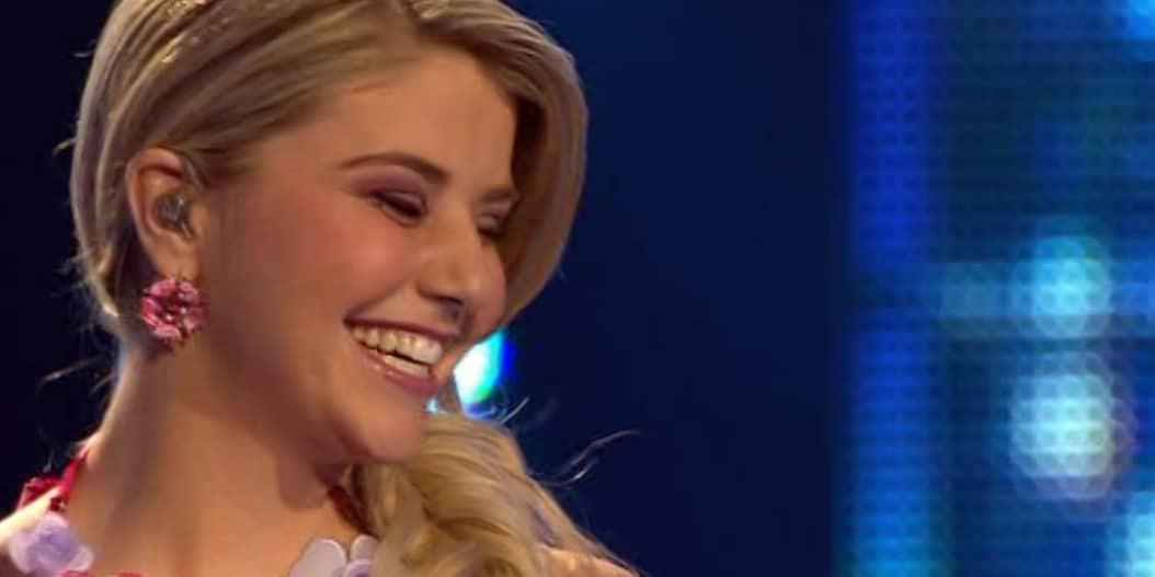 """DSDS 2013: Beatrice Egli mit """"Küss mich, halt mich, lieb mich"""" von Ella Endlich - TV News"""