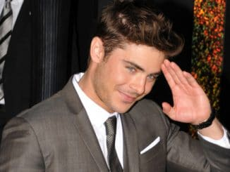 """Zac Efron - """"New Year's Eve"""" Los Angeles Premiere"""