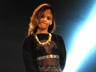 "Rihanna ""Diamonds World Tour"" at United Center"