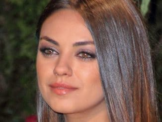 "Mila Kunis - ""Oz the Great and Powerful"" European Premiere"