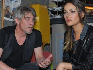 Kurt (Tim Williams) und Jasmin (Janina Uhse)