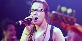 Stefanie Heinzmann: Für Album einmal um die Welt! - Musik News
