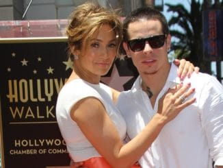 Jennifer Lopez, Casper Smart - Jennifer Lopez Honored with the 2,500th Star on the Hollywood Walk of Fame