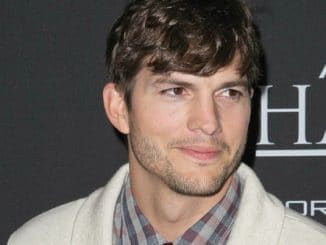 "Ashton Kutcher - ""Jobs"" Los Angeles Premiere"