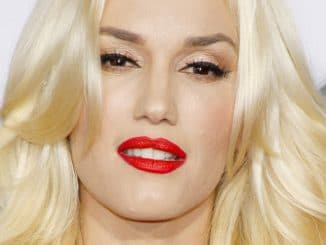 Gwen Stefani - 40th Anniversary American Music Awards - Arrivals