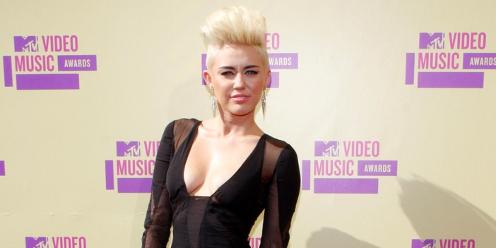Miley Cyrus - 2012 MTV Video Music Awards - Arrivals