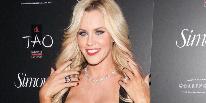 Jenny McCarthy - Simon G. Jewelry's 2013 Summer Soiree - Arrivals
