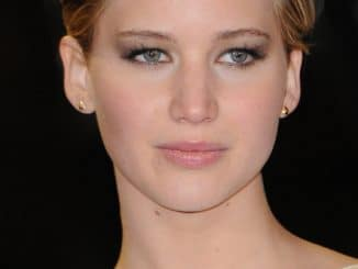 "Jennifer Lawrence - ""The Hunger Games: Catching Fire"" World Premiere - Arrivals - Odeon Leicester Square"