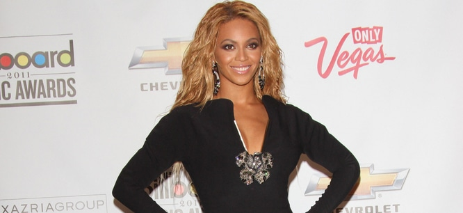 Beyonce - 2011 Billboard Music Awards thumb