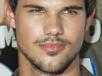 "Taylor Lautner - ""Grown Ups 2"" New York City Premiere - Arrivals"