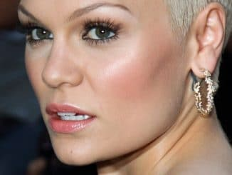 Jessie J - GQ Men of the Year Awards 2013 thumb