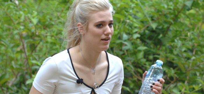 Dschungelcamp 2014: Larissa Marolt nervt!