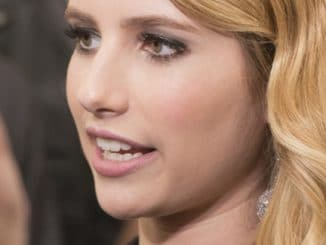 "Emma Roberts - ""We're the Millers"" New York City Premiere - Arrivals"