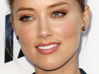 "Amber Heard - ""Paranoia"" Los Angeles Premiere - Arrivals"