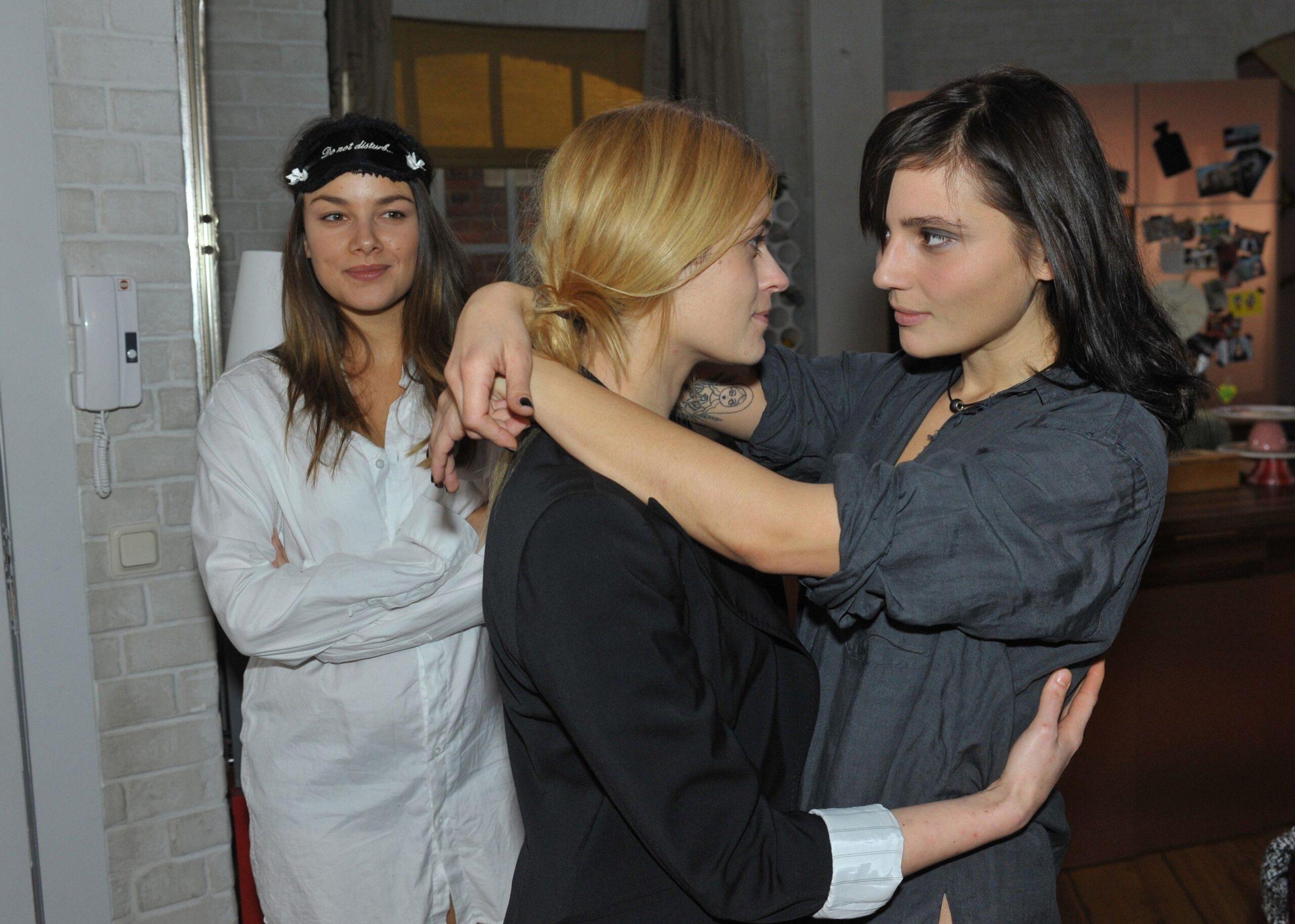 Gzsz Jasmin Und Anni