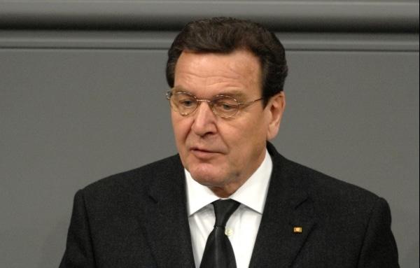 """Altkanzler Schröder: Deutsche Sotschi-Berichterstattung """"eine Katastrophe"""" - TV News"""
