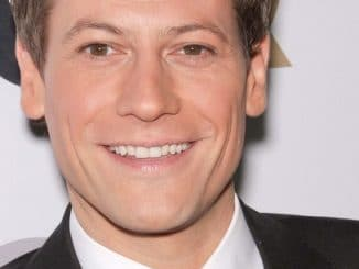 """Ioan Gruffudd - GQ 2011 """"Men of the Year"""" Party - Arrivals"""