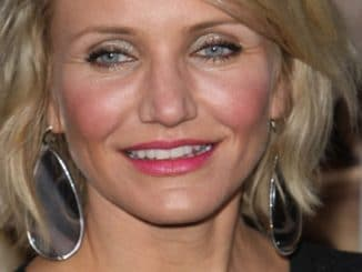 "Cameron Diaz - ""What to Expect When You're Expecting"" Los Angeles Premiere - Arrivals"