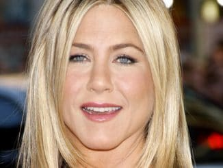 "Jennifer Aniston - ""Horrible Bosses"" Los Angeles Premiere thumb"