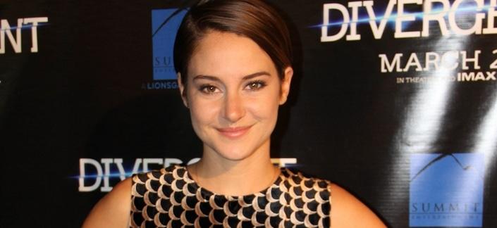 """Shailene Woodley - """"Divergent"""" Chicago Premiere - Arrivals"""