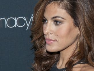 Eva Mendes - 2013 Vanidades Icons Of Style Awards - Arrivals