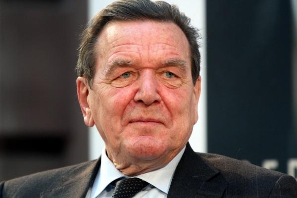 Beckmann dreht Dokumentation über Altkanzler Schröder - TV News