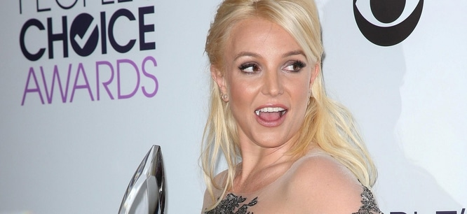 Britney Spears - 40th Annual People's Choice Awards thumb