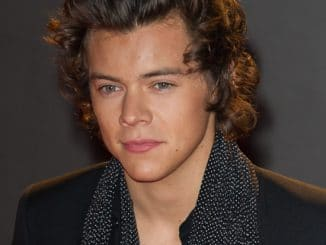 Harry Styles arrives for the British Fashion Awards thumb