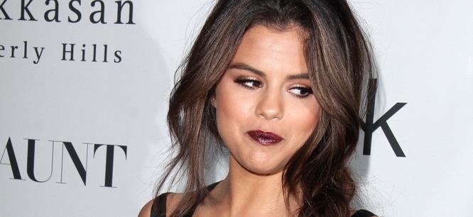 "Selena Gomez - Flaunt Magazine's November 2013 ""En Garde!"" Issue Party"